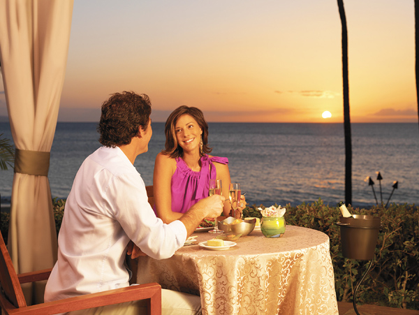 Romantic Private Dinner on the Beach & Champagne Ritual